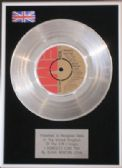 OLIVIA NEWTON JOHN -Platinum Disc- I HONESTLY LOVE YOU